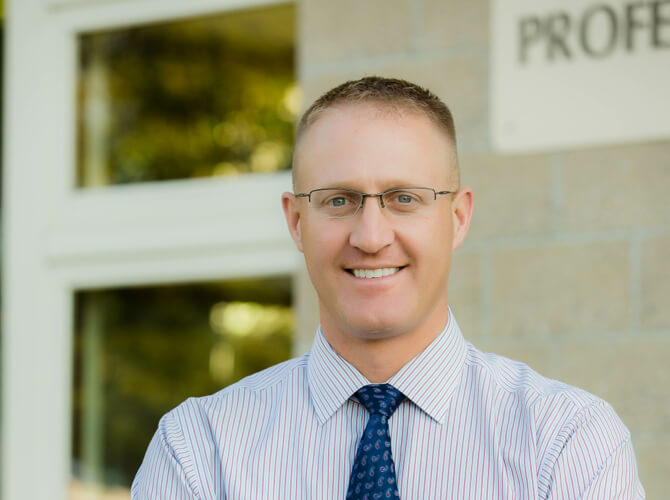 dr. christopher vinton worcester count orthopedics